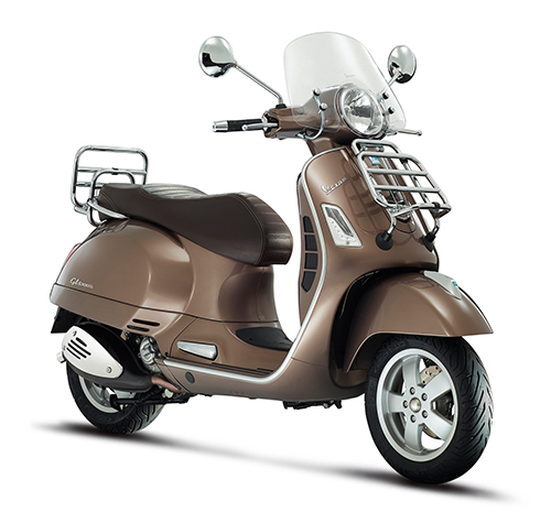 Vespa-GTS-Touring300_marrone